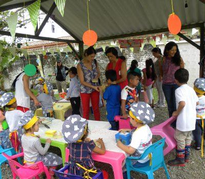 Feria emprenderismo abierta